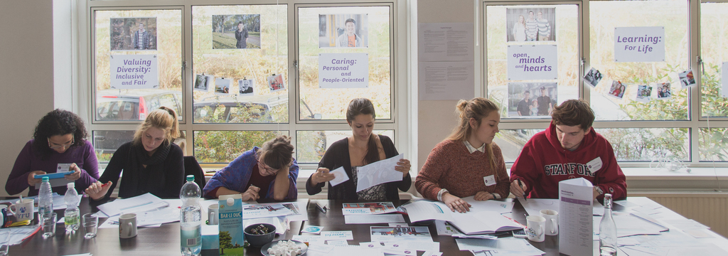 Wide wide 1242 netherlands 2015 volunteer staff trainin